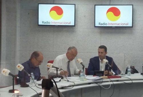 Hablando en la radio sobre el pasado, presente y futuro del comercio electrónico