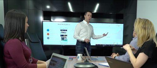 Pablo Renaud en clase de formación de negocio online